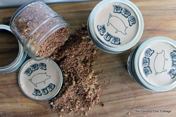 DIY Fathers Gift in a Jar BBQ Rub