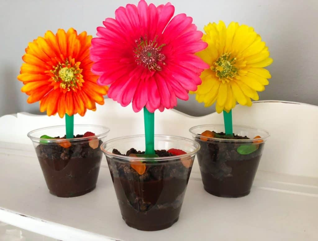 Fun Snacks For Toddlers - Flower Cup Sundae