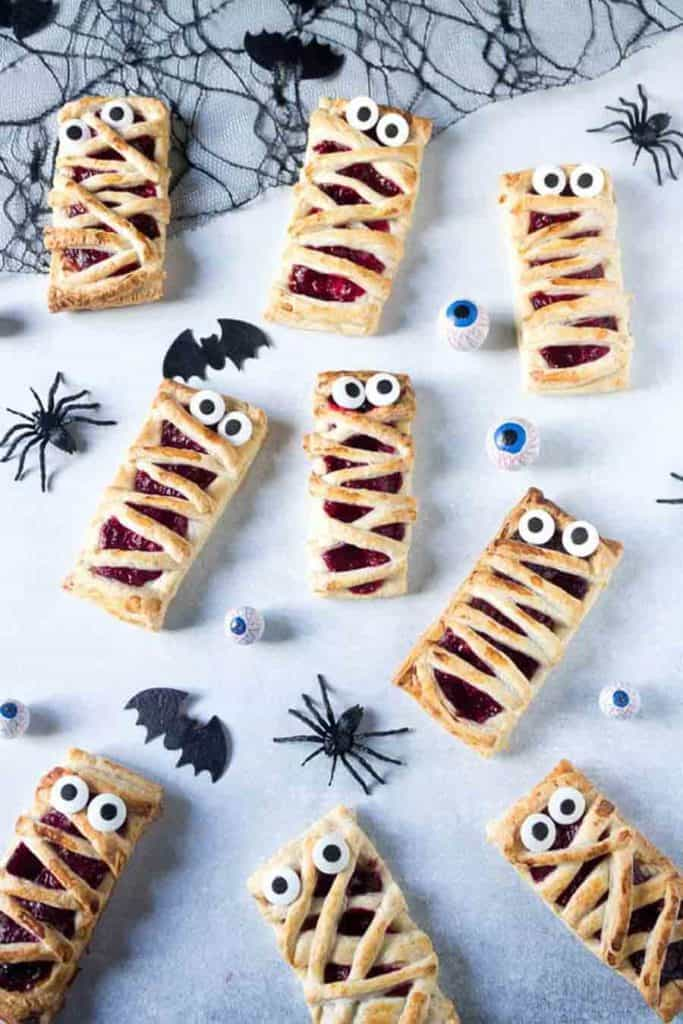raspberry mummy Halloween
