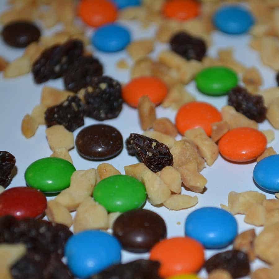 healthy trail mix snack